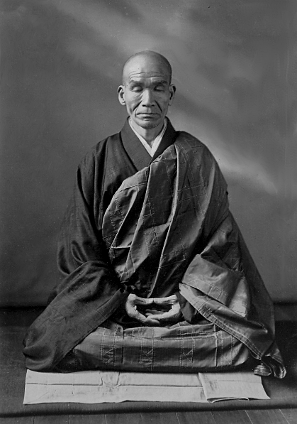 Apprendre à méditer - Maître Kodo Sawaki assis en posture de zazen